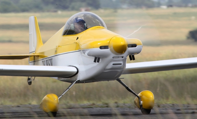 Pilot's Post - NIEL TERBLANCHE AND HIS SONERAI IIL ZS-WSW