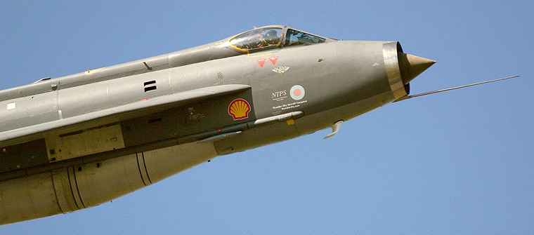 Pilot's Post - English Electric Lightning- Supersonic Cold